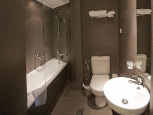 Athens Center Square Hotel Athens - Bathroom
