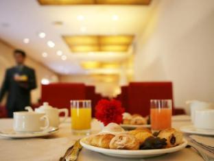 Park Hotel Barcelona - Breakfast