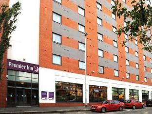 /premier-inn-belfast-city-centre-alfred-street/hotel/belfast-gb.html?asq=jGXBHFvRg5Z51Emf%2fbXG4w%3d%3d