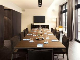 Hotel AMANO Berlin - Meeting Room
