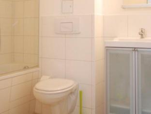 IMA Loft Apartments Berlin - Bathroom