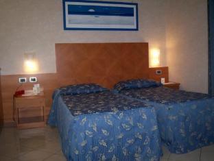 /hotel-paradise/hotel/bologna-it.html?asq=jGXBHFvRg5Z51Emf%2fbXG4w%3d%3d