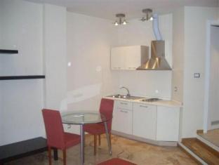 /fr-fr/appartamenti-astoria/hotel/bologna-it.html?asq=vrkGgIUsL%2bbahMd1T3QaFc8vtOD6pz9C2Mlrix6aGww%3d