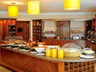 Staybridge Suites Citystars Hotel Cairo - Restaurant