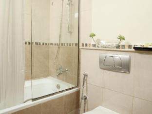 Al Waleed Palace Hotel Apartments Bur Dubai Dubai - Badkamer