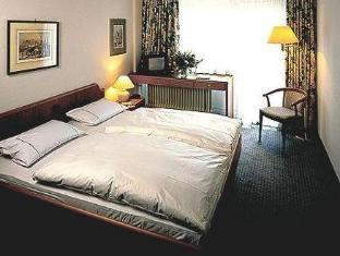 /hotel-am-schloss/hotel/heidelberg-de.html?asq=jGXBHFvRg5Z51Emf%2fbXG4w%3d%3d