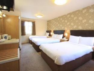 /ro-ro/castle-lodge/hotel/killarney-ie.html?asq=vrkGgIUsL%2bbahMd1T3QaFc8vtOD6pz9C2Mlrix6aGww%3d