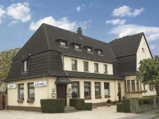 /hotel-schonsitz/hotel/konigswinter-de.html?asq=jGXBHFvRg5Z51Emf%2fbXG4w%3d%3d