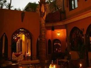 /zh-hk/riad-amira-victoria-hotel/hotel/marrakech-ma.html?asq=m%2fbyhfkMbKpCH%2fFCE136qenNgCzIYIJCg6K3r4k5Tbef%2bz0TTiA2v%2bzjT8AYWwEy