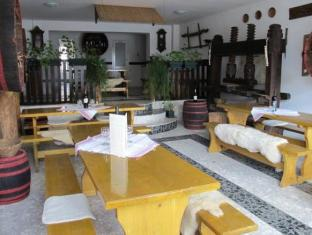 Hotel Retro Pecs - Interior
