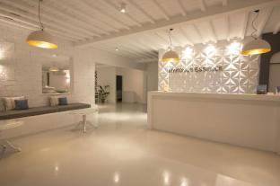 /mykonos-essence-hotel/hotel/mykonos-gr.html?asq=vrkGgIUsL%2bbahMd1T3QaFc8vtOD6pz9C2Mlrix6aGww%3d