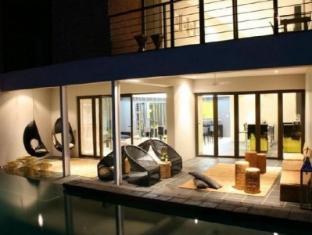 /alpine-attitude-boutique-hotel-and-conference-venue/hotel/pretoria-za.html?asq=jGXBHFvRg5Z51Emf%2fbXG4w%3d%3d
