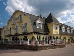 /de-de/apartment-hotel-sarvar/hotel/sarvar-hu.html?asq=jGXBHFvRg5Z51Emf%2fbXG4w%3d%3d