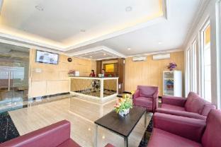 /wisma-apple/hotel/makassar-id.html?asq=jGXBHFvRg5Z51Emf%2fbXG4w%3d%3d