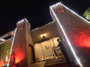 /fi-fi/verona-resort/hotel/sharjah-ae.html?asq=vrkGgIUsL%2bbahMd1T3QaFc8vtOD6pz9C2Mlrix6aGww%3d
