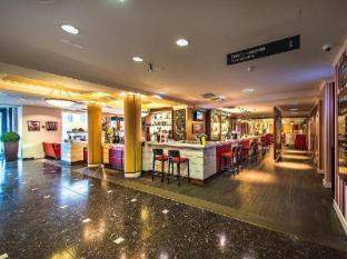 Park Inn by Radisson Meriton Conference & Spa Hotel Tallinn Tallinn - Cubano bar