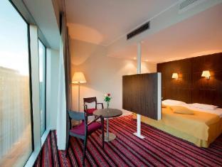 Park Inn by Radisson Meriton Conference & Spa Hotel Tallinn Tallinn - Suite Room