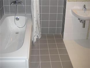 Pikk 49 Residence Tallinn - Bathroom