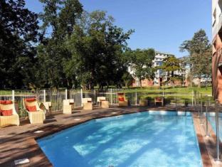 /zenitude-hotel-residences-le-parc-de-l-escale/hotel/toulouse-fr.html?asq=jGXBHFvRg5Z51Emf%2fbXG4w%3d%3d