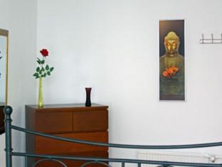 Alexanderplatz Apartments Berlin - Guest Room