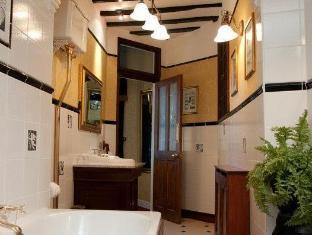Best Western Red Lion Hotel Salisbury - Bathroom