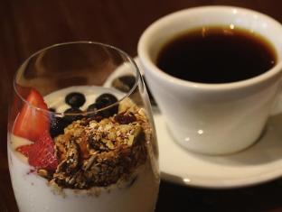 Aqueen Hotel Balestier Singapur - Comida y bebida