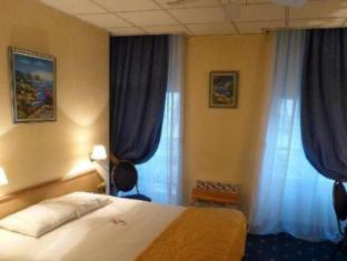 /lt-lt/hotel-foch/hotel/lyon-fr.html?asq=vrkGgIUsL%2bbahMd1T3QaFc8vtOD6pz9C2Mlrix6aGww%3d