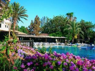 /paphos-gardens-holiday-resort/hotel/paphos-cy.html?asq=vrkGgIUsL%2bbahMd1T3QaFc8vtOD6pz9C2Mlrix6aGww%3d