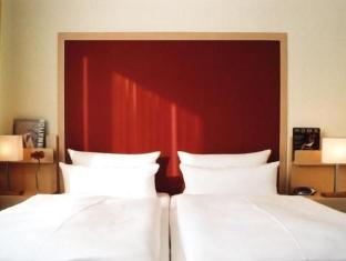 /hu-hu/sorat-hotel-ambassador/hotel/berlin-de.html?asq=jGXBHFvRg5Z51Emf%2fbXG4w%3d%3d