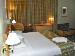 Grand Continental Flamingo Hotel Abu Dhabi - Executive Suite