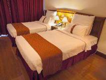 Grand Excelsior Hotel: guest room