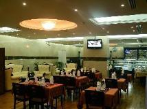 Rose Garden Hotel Apartments Al Barsha: coffee shop/cafe