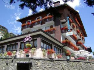 /aurora/hotel/castione-della-presolana-it.html?asq=jGXBHFvRg5Z51Emf%2fbXG4w%3d%3d