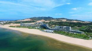 /flc-luxury-hotel-quy-nhon/hotel/quy-nhon-binh-dinh-vn.html?asq=jGXBHFvRg5Z51Emf%2fbXG4w%3d%3d