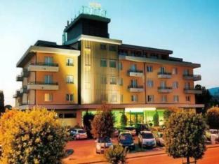 /id-id/hotel-valdarno/hotel/montevarchi-it.html?asq=jGXBHFvRg5Z51Emf%2fbXG4w%3d%3d