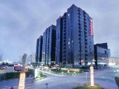 UAE Hotels   Ramada Hotel & Suites Ajman