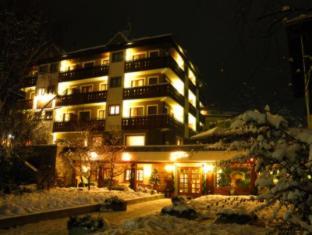 /rezia-hotel/hotel/bormio-it.html?asq=jGXBHFvRg5Z51Emf%2fbXG4w%3d%3d