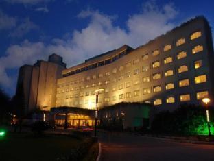 /the-lalit-ashok-bangalore-hotel/hotel/bangalore-in.html?asq=jGXBHFvRg5Z51Emf%2fbXG4w%3d%3d