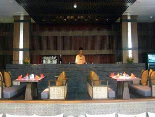 MAI Samui Beach Resort & Spa Samui - bar/salon