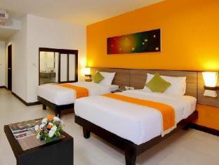 Kata Sea Breeze Resort Phuket - Aqua Pura Room