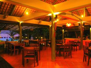 Aochalong Villa & Spa Phuket - Restaurant