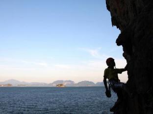 Six Senses Yao Noi Phuket - Rock Cimbling