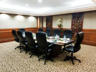 Thistle Johor Bahru Hotel Johor Bahru - Kenanga Boardroom