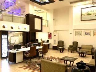 Hotel Le Roi New Delhi - Receptie