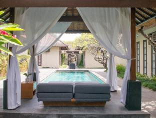 Villa Uma Sapna Bali - Swimming Pool