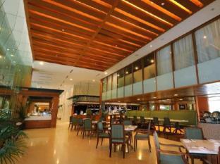 The Royale Chulan Hotel Kuala Lumpur Kuala Lumpur - Warisan Cafe