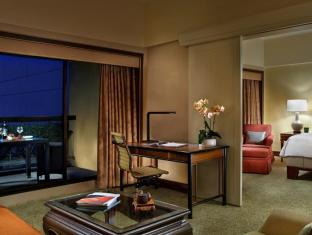 Regent Singapore - A Four Seasons Hotel Singapore - Four Seasons Executive Suite