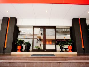 Miramar Bangkok Hotel Bangkok - Indgang