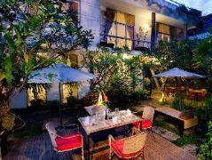 Frangipani Villa-90s hotel Cambodia