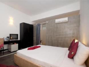 Frangipani Villa-90s hotel Phnom Penh - Deluxe Double